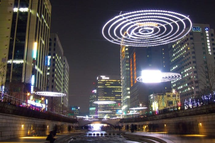 The markets reacted quickly as news from South Korea began to spread. (IMAGE: yeowatzup)