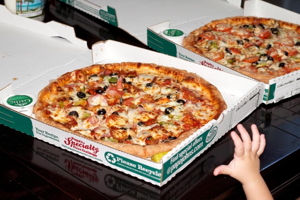 10000 bitcoins pizzas Papa Johns - Laszlo Hanyecz